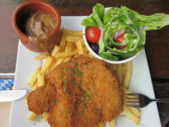The Hahndorf Inn: Cutlet Schnitzel