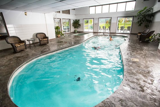 Hotel Bromont: Indoor pool & Spa