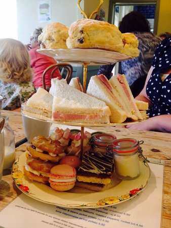 The Tenth Hole Tea Rooms: Amazing value!!!