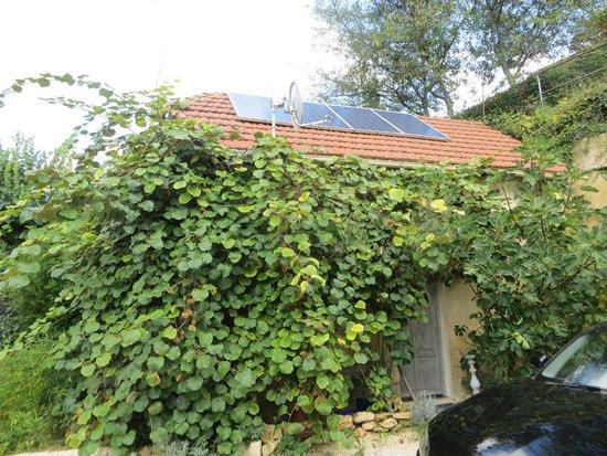 Les Trois Jardins : Kiwi Cottage