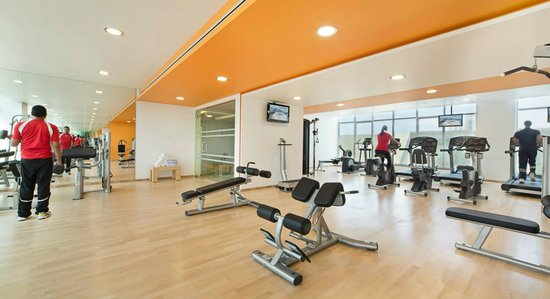 Al Khoory Executive Hotel – Al Wasl: GYM