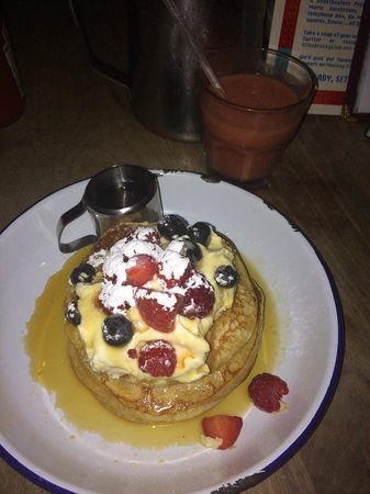 The Breakfast Club: Pancakes with berries my fave!