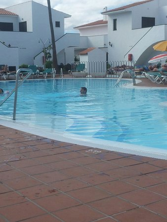 Apartments Puerto Caleta: First day at pool