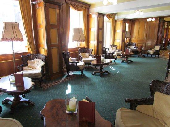 Bellevue Hotel: Bar