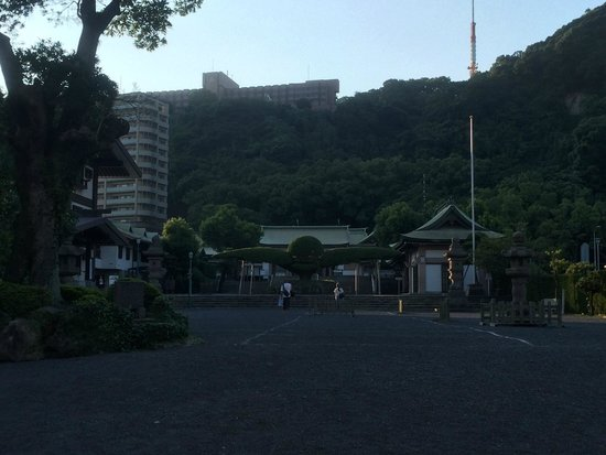 Terukuni Shrine: 庭?