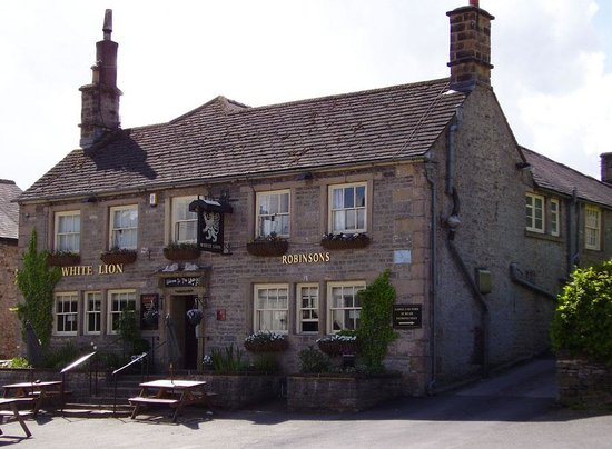 The White Lion Great Longstone