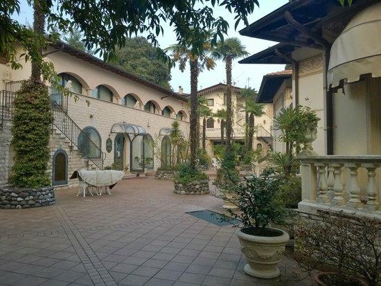 Hotel Villa Montefiore Gardone Riviera