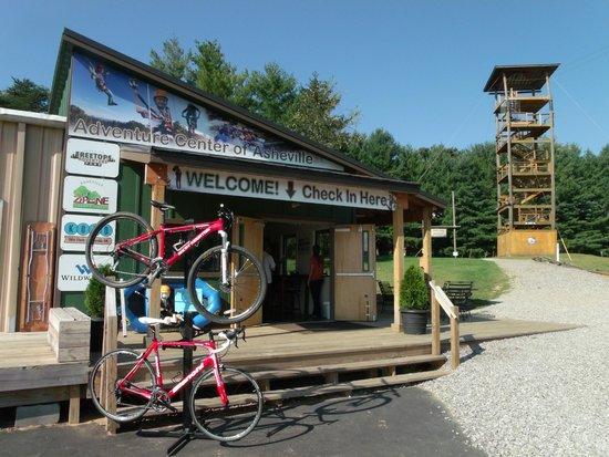 Asheville Zipline Canopy Adventures: Entrance