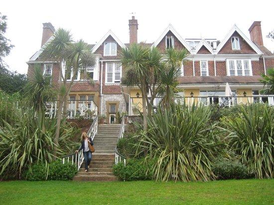 The Orestone Manor: The hotel