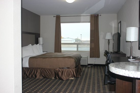 Western Star Inn & Suites: King bed