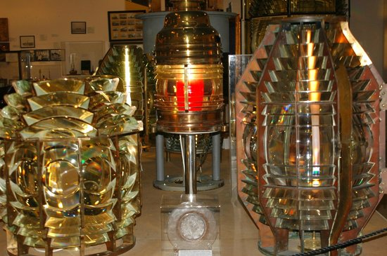 Maine Lighthouse Museum: There are more