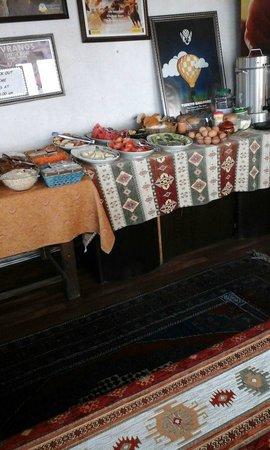 Nomad Cave Hotel: preparazione colazione