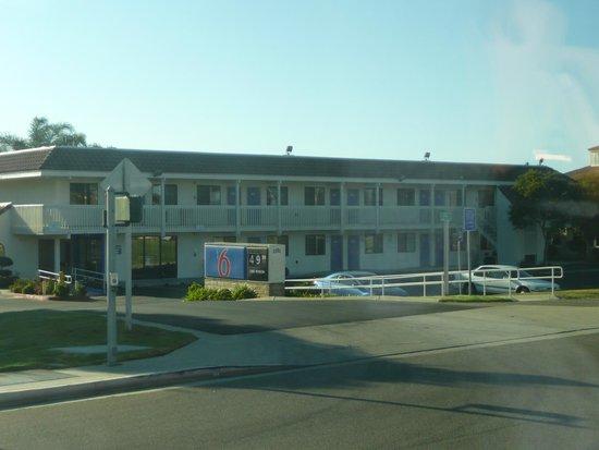 Motel 6 Fremont South: Vue de l'hôtel