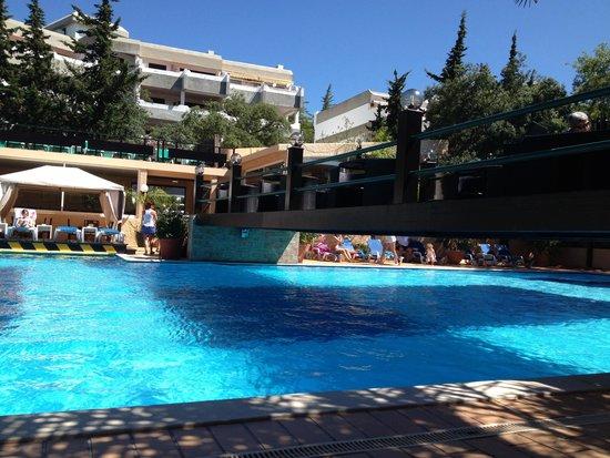 Balaia Mar Hotel : Poolside