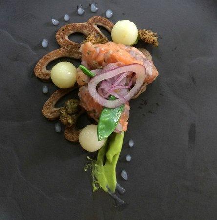 Pierneef a La Motte: Salmon tartare appetizer