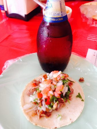 Carnitas Teresita: My taco and beer