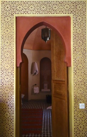 Riad Reves D'orient: In the Sapphire suite