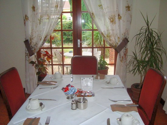 Firs Hotel: Breakfast Room