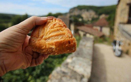Patisserie Massoulier : Chausson aux pommes
