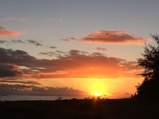 Waimea Plantation Cottages : Wondrous Sunsets