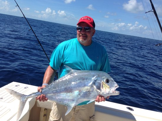 SeaSquared Charters : African Pampano