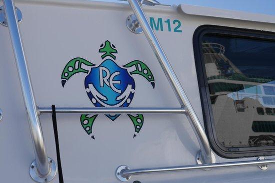 Bermuda Reef Explorer: Boat