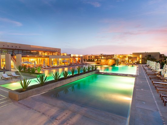 DoubleTree Resort by Hilton Hotel Paracas: Inviting Pool