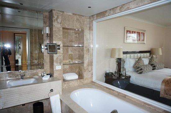 Taj Cape Town: Bathroom
