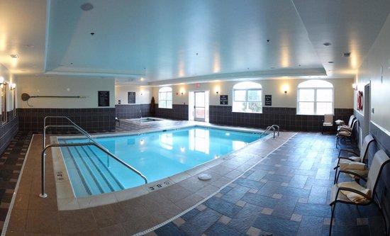 Best Western Plus Easton Inn & Suites: Pool Room