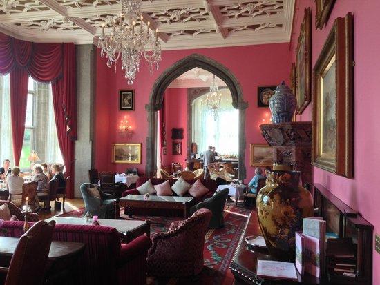 Adare Manor: tea room