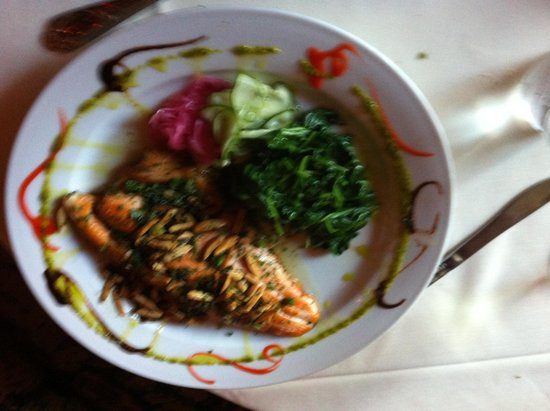 Cheryl's By the Bay : Salmon with Capers