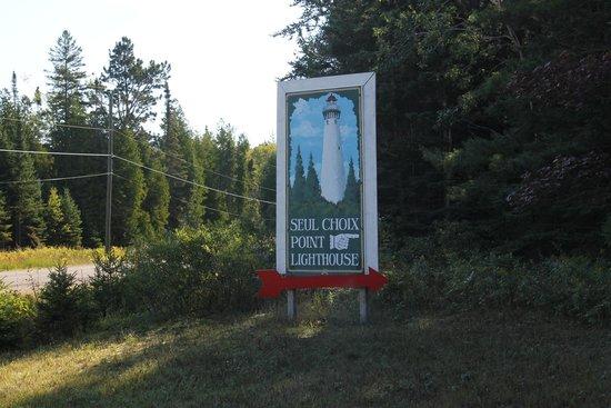 Gulliver, MI: Signage
