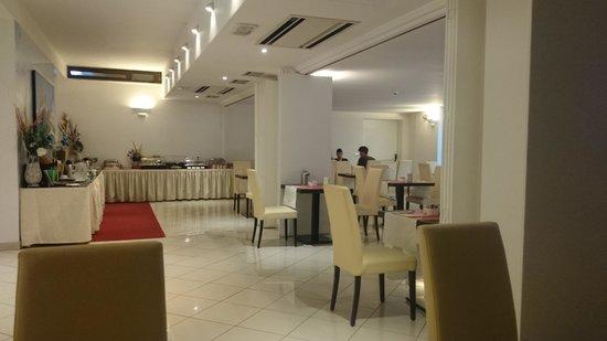 OC Hotel : Breakfast