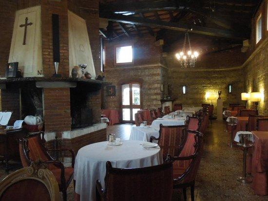 Hotel Fortino Napoleonico : Breakfast/dinig room - Fortino Napoleonico Oct 23-26, 2013