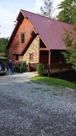 Elk Springs Resort : Front of Cabin