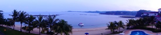 Canyon Cove Hotel & Spa: Panoramic view of the beach