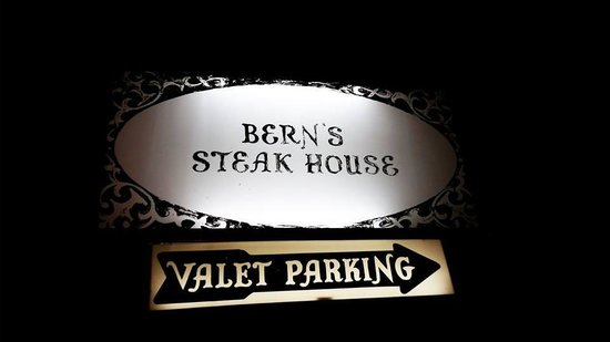 Harry Waugh Dessert Room at Bern's Steak House: Outside sign