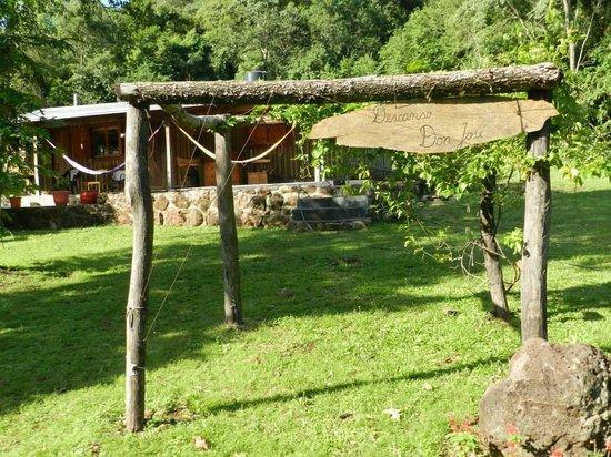 El Monte De Los Abuelos: En El Patio