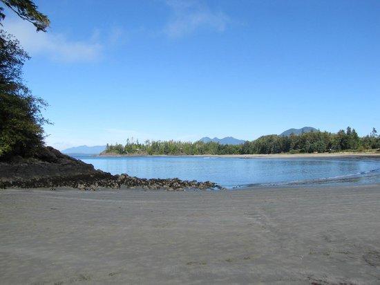 MacKenzie Beach Resort: The beach
