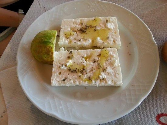 Zografos Restaurant: Feta