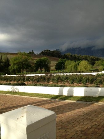 Peter Falke Winery: View of winery