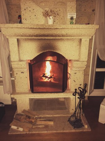 Incirliev Alacati: The fireplace in our room