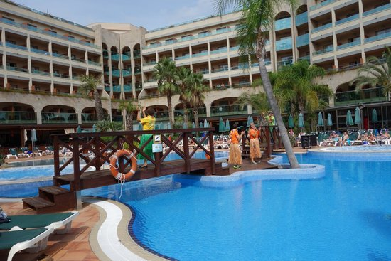 جولدن باهيا دي توسا آند سبا: Hotel