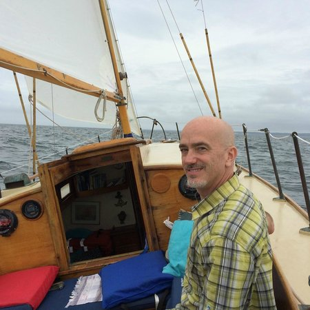 Sail Ena - Vineyard Sound Sail Charters : Great Sailing
