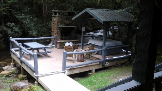 Delicieux Cherokee Mountain Cabins: Deck