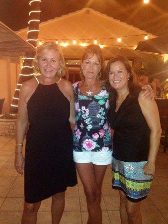 Elbow Beach, Bermuda: Sea Breeze Lounge