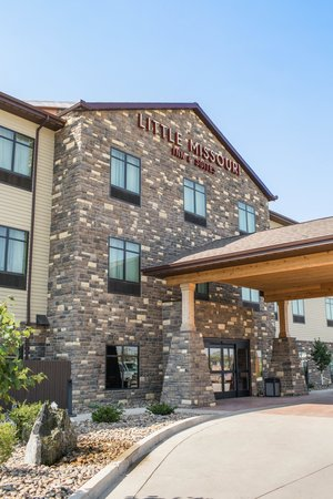 Little Missouri Inn & Suites