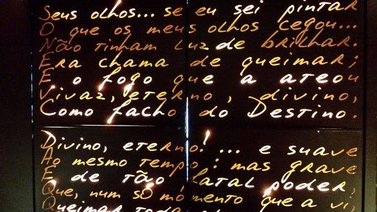 Hotel Teatro Porto: De deur van het hotel