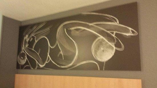 Ibis Barcelona Cornella: Quadro della stanza