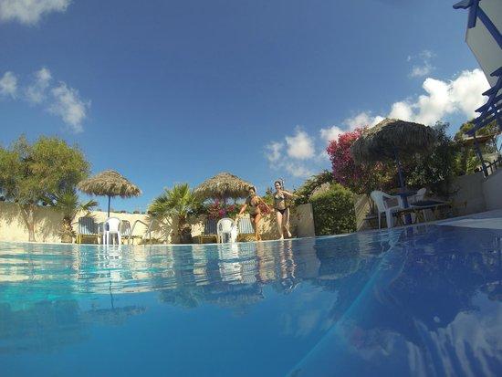 Youth Hostel Anna: Ótima piscina!